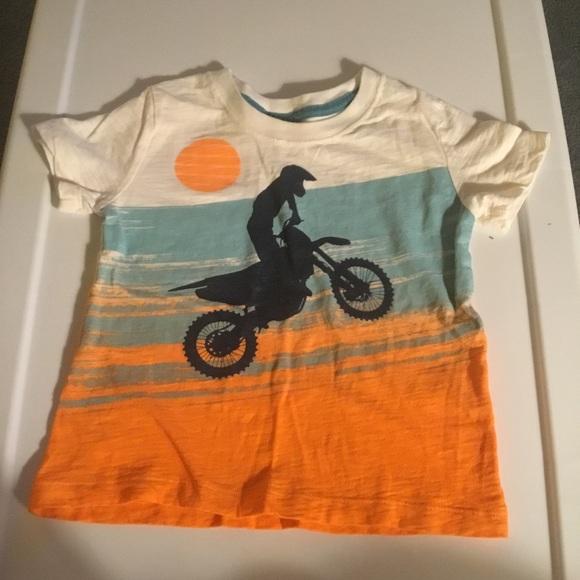 50eb93cc9 OshKosh Boy Dirt Bike Short Sleeve T-shirt Size 3T.  M_5b14923d4ab6332323c6b9ce